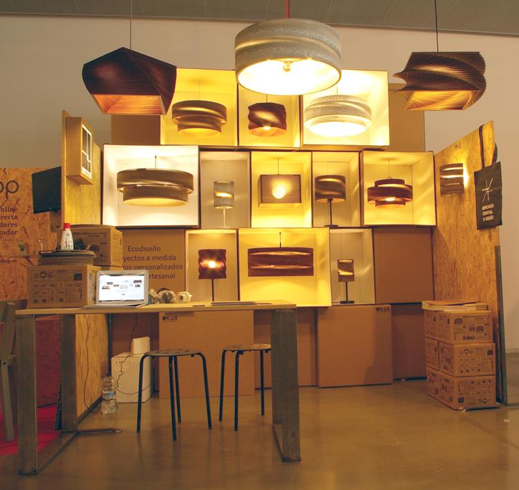 Un mueble de cart n para exponer nuestras l mparas for Muebles de carton pdf